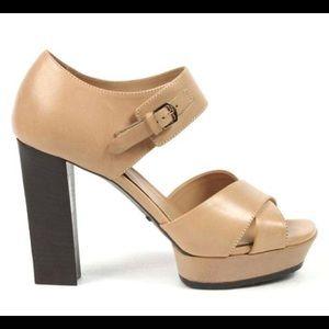 New!!! Tod's Ladies Heel 100% Leather